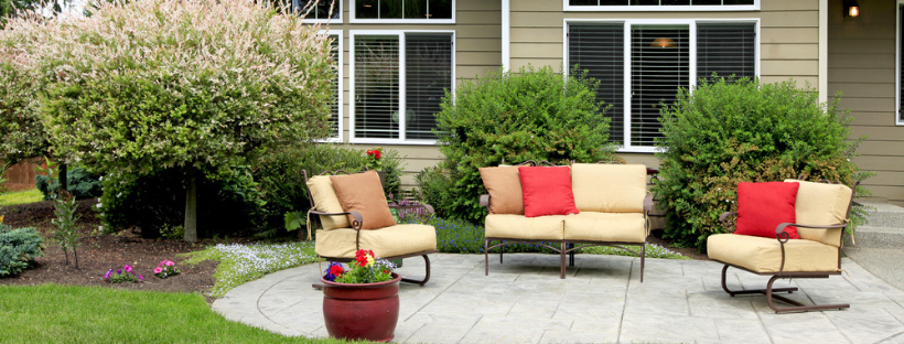 5 Simple Ways to Cozy Up Your Small Patio Space