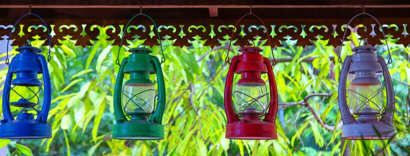 How Gas Lamps Can Cozy Up Your Outdoor Space this Fall?