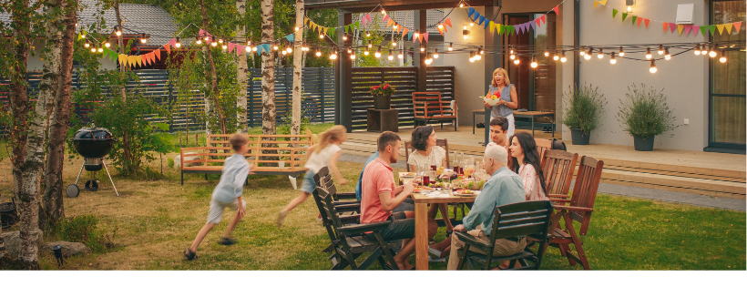 5 Fabulous Outdoor Theme Parties to Host This Spring