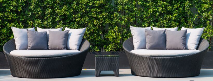 Outdoor Daybeds: A Trend That's Here to Stay