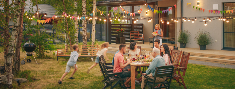 Social Media Day: 7 Tricks to Curating a Picture Perfect Backyard for Your Social Media Profiles